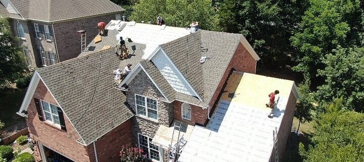 Top roofer